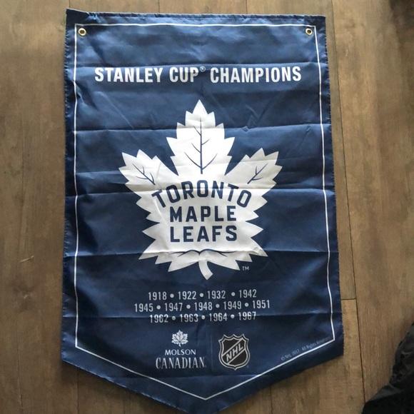 ✨FREE✨ Toronto Maple Leafs Banner